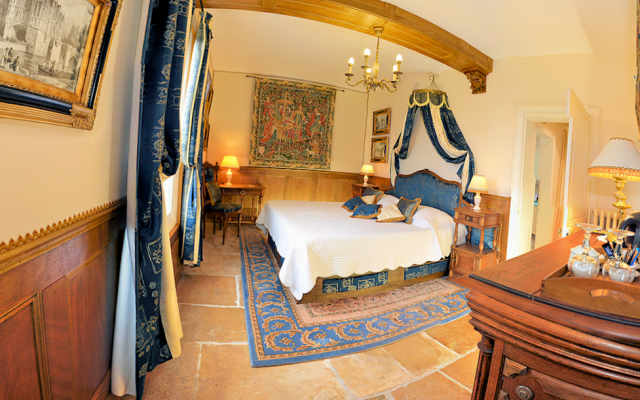 bed & breakfast room ' jacques coeur ' argentier du roy