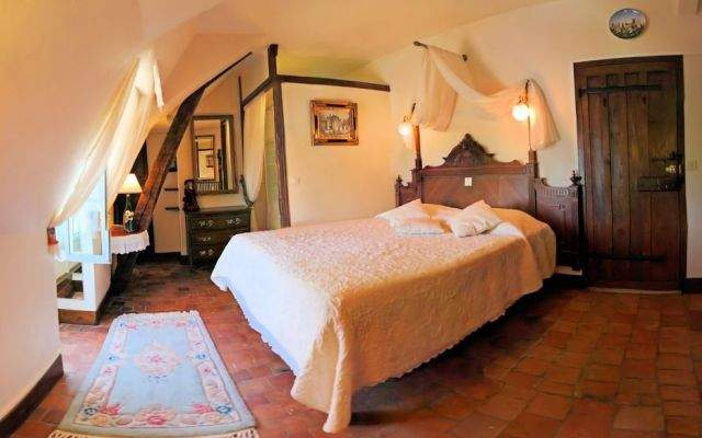 bed & breakfast room ' La belle epoque ' argentier du roy