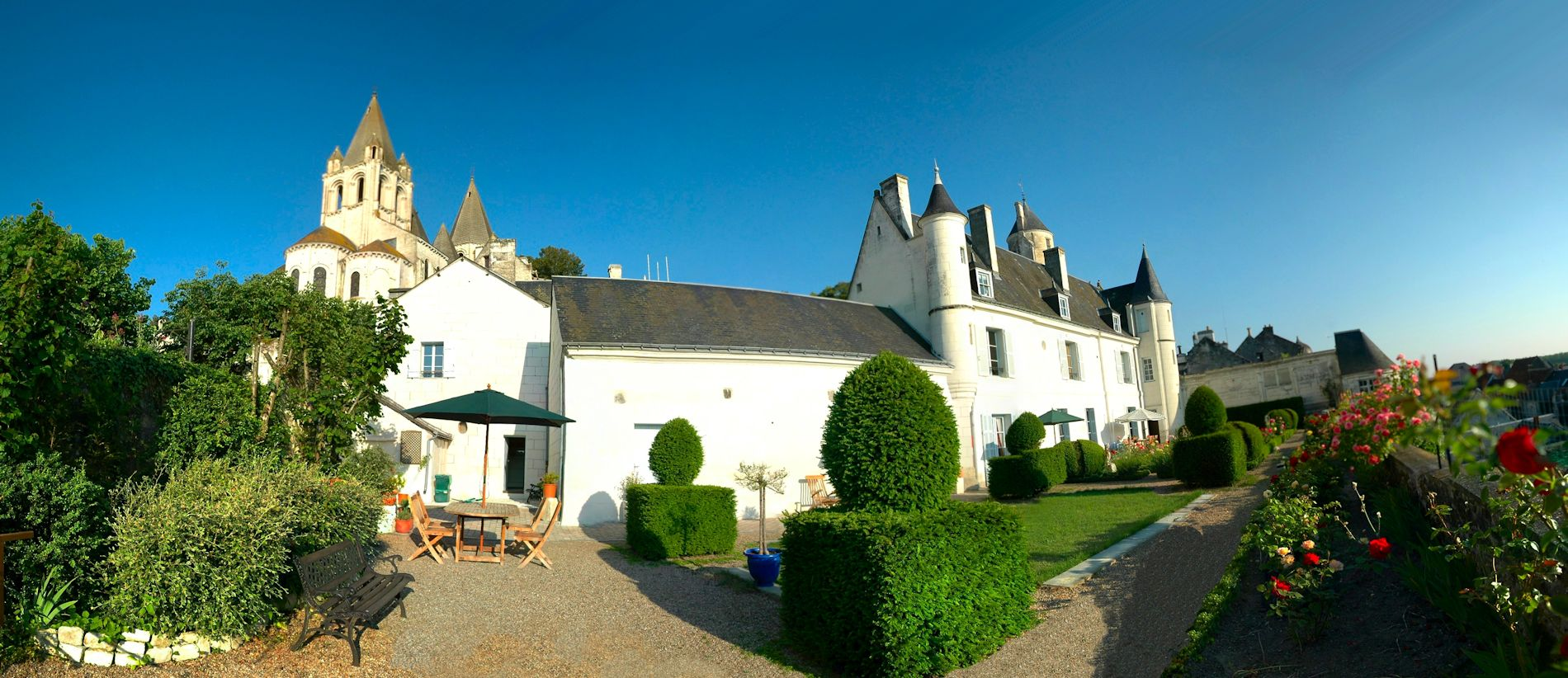 La Maison | bed and breakfast argentier du roy | loire valley | france